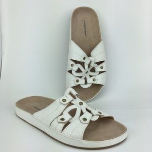 Comfortview White Plus Size Footbed Sandals